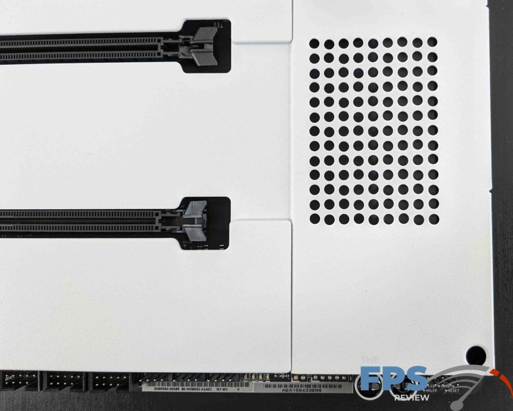 NZXT N7 Z490 Motherboard White Cover