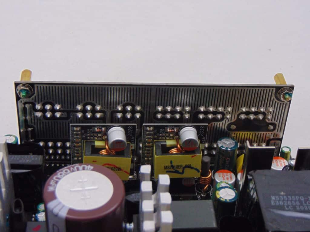 GIGABYTE P750GM 750W Power Supply Closeup of Inside