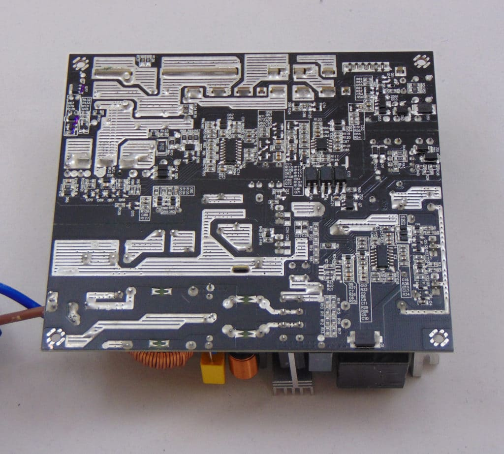 GIGABYTE P750GM 750W Power Supply Back of PCB