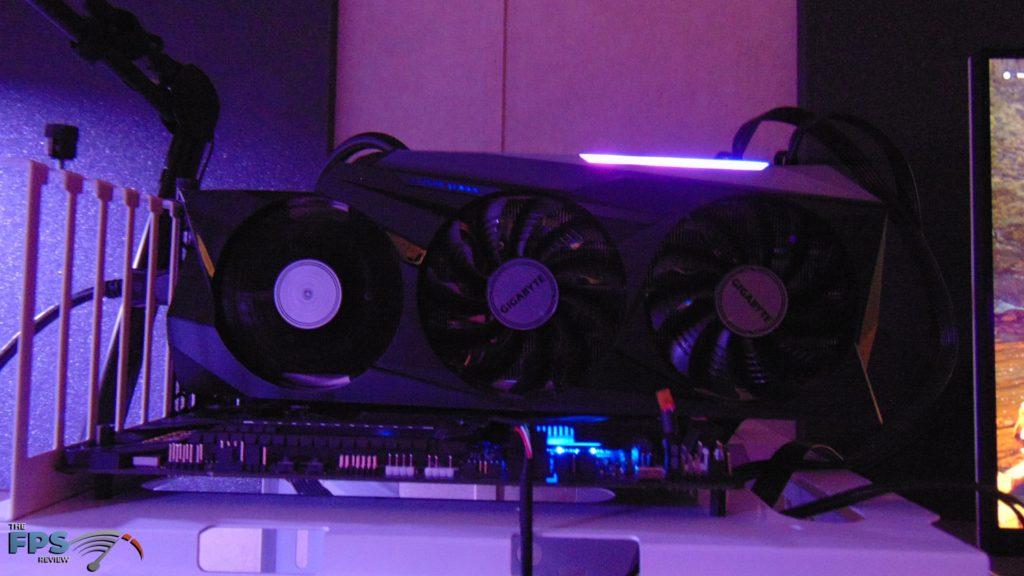 GIGABYTE GeForce RTX 3090 GAMING OC Dark RGB Lighting