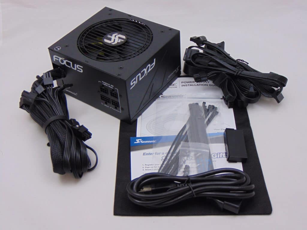 Seasonic FOCUS GM-650 650W Power Supply Box Contents