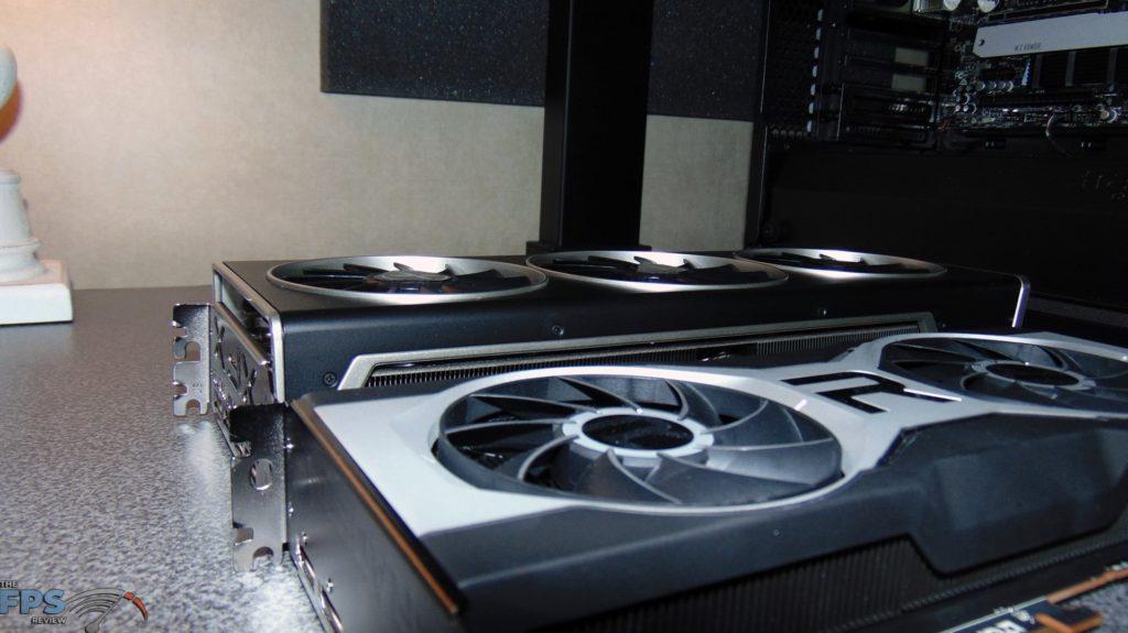 XFX SPEEDSTER MERC 319 BLACK AMD Radeon RX 6700 XT and AMD Radeon RX 6700 XT thickness comparison
