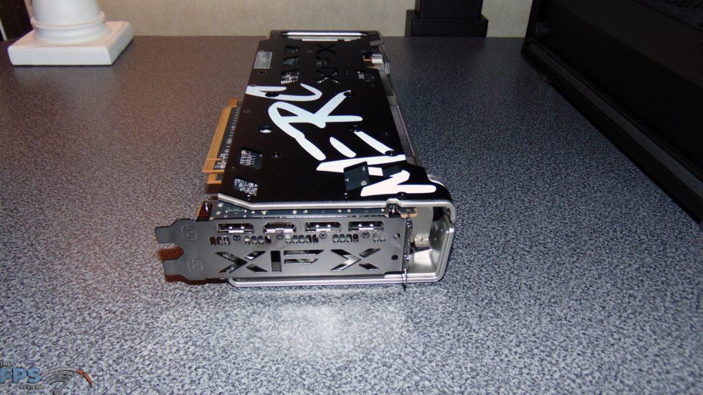 XFX SPEEDSTER MERC 319 BLACK AMD Radeon RX 6700 XT i/o display outputs