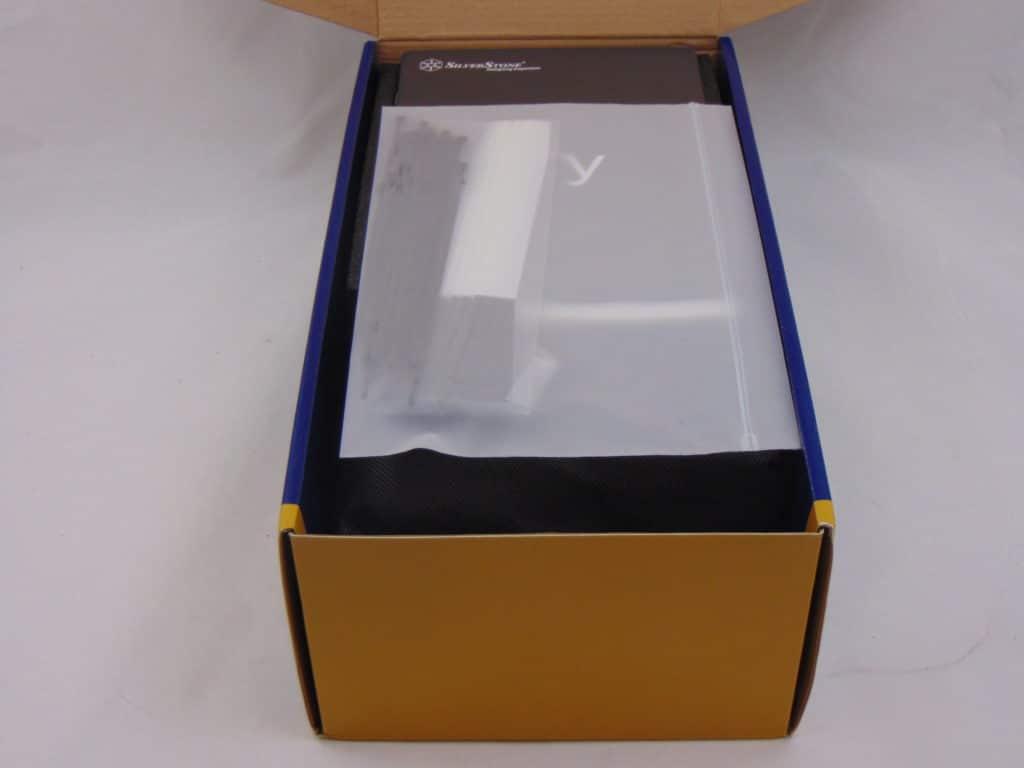 SilverStone NJ700 700W Fanless Power Supply box contents