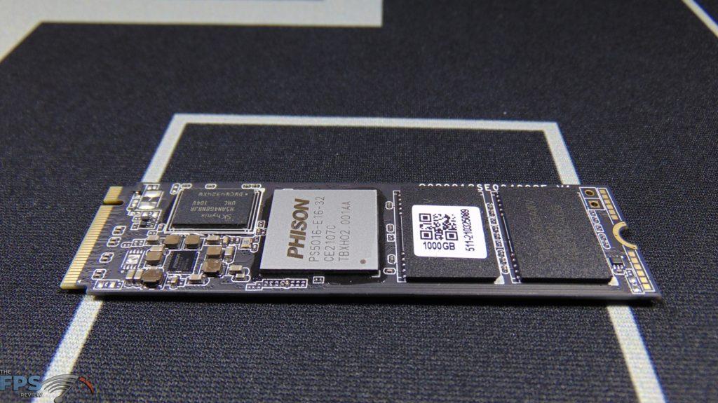 MSI SPATIUM M470 1TB PCIe 4.0 Gen4 NVMe SSD Bare Drive Top View