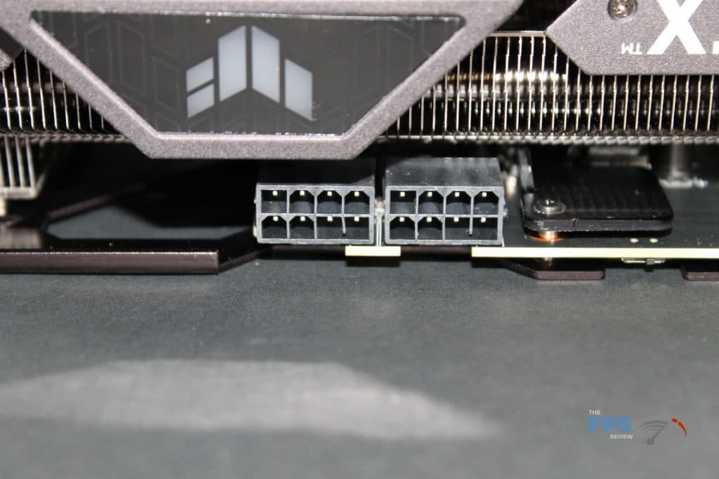 ASUS RTX 3070 TUF GAMING OC power connectors